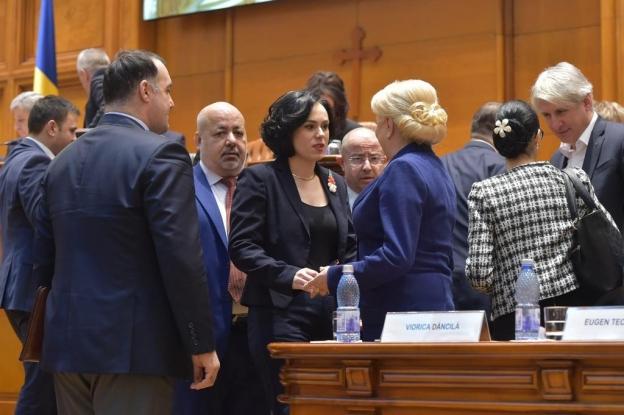 Simona Bucura Oprescu, 71 de iniţiative legislative!