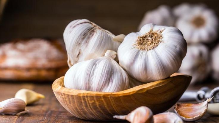 Doar 9 producători de usturoi din Argeş, interesaţi de ajutorul financiar de la stat