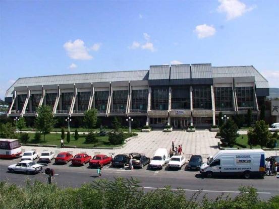A fost semnat contractul pentru Bazinul Olimpic din Piteşti