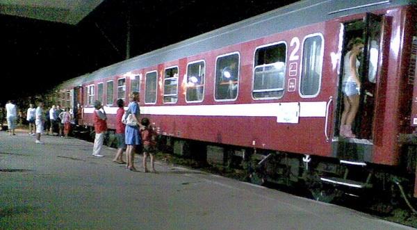 Acord privind transportul studenţilor cu trenul