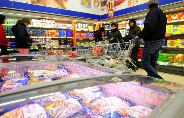 Mari nereguli cu produsele congelate din Argeş!