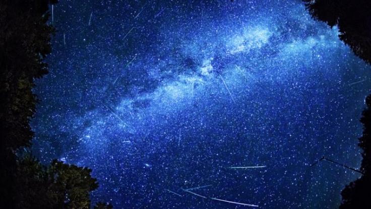 Nu rataţi! Spectacol pe cer la noapte!